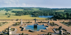 Spring on the terrace at Harewood House
