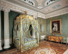 """Listen to Professor Ann Sumner's """"Decorating Harewood: Experiencing Chippendale's largest commission"""""""