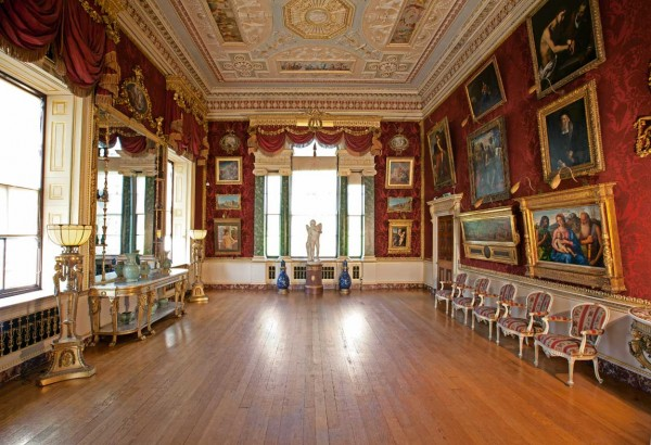 Harewood House near Leeds has a gallery