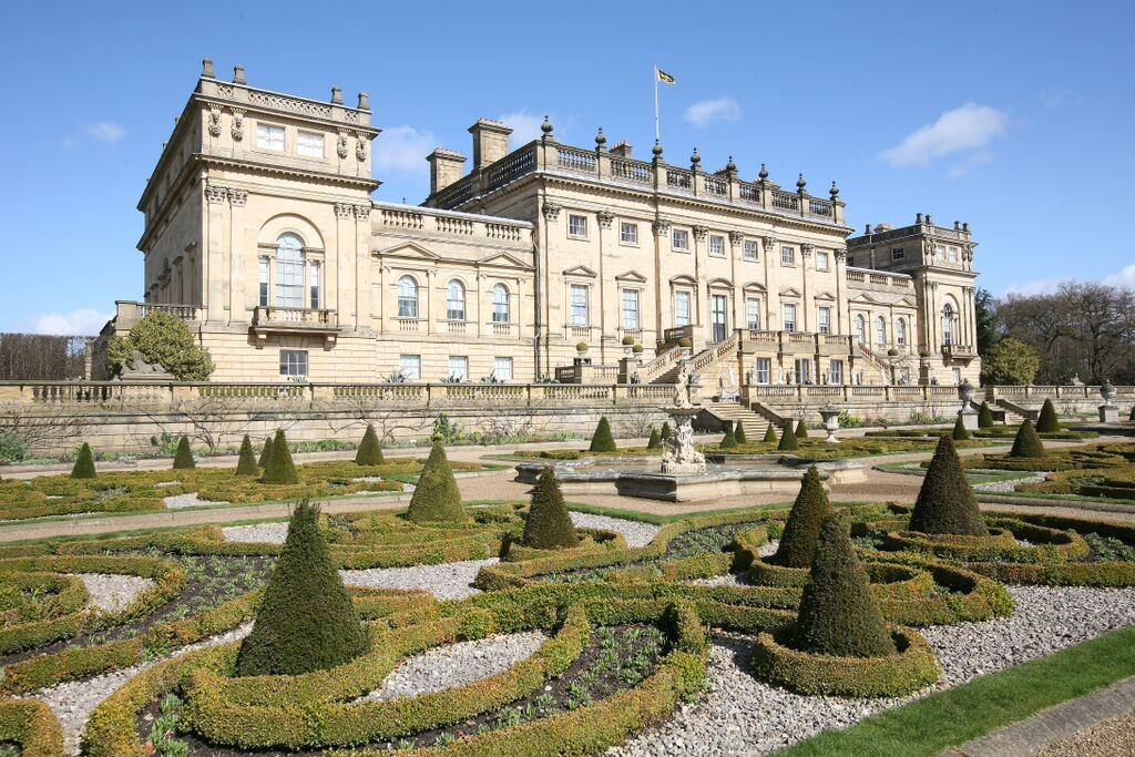 The antiques fair at Harewood