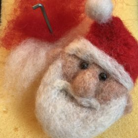 Needle Felt Christmas Decorations (15 Dec AM)
