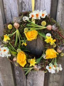 Spring Wreath Making with Leafy Couture